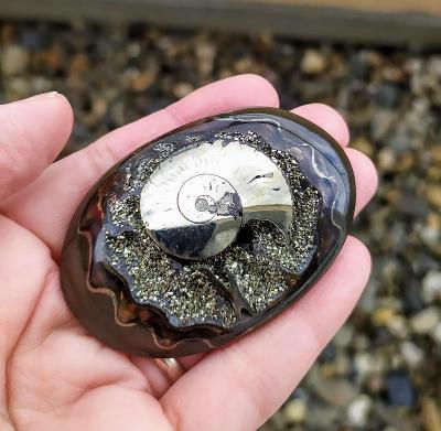 Simbircitová geoda s Ammonitem, ID 604, 61x42 mm