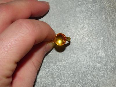 Prstýnek, zlacený obecný kov, sklíčko, průměr=1,8 cm, Jablonecko cca 1