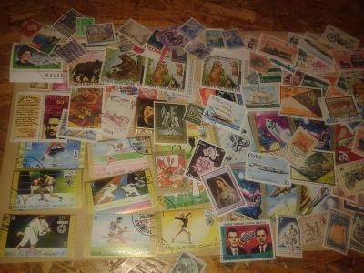 340 ks -tématické známky -každá jiná