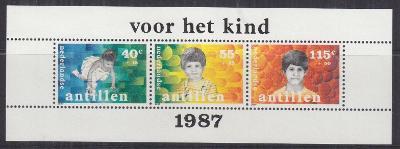 Nizozemské Antily 1987 Děti Mi# Block 32 0086