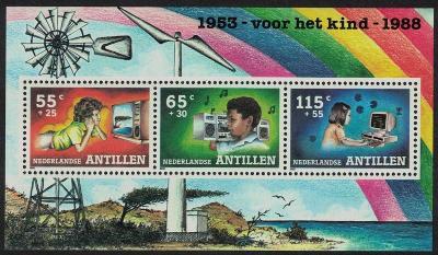 Nizozemské Antily 1988 Volný čas dětí Mi# Block 33 0087