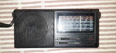 STARÉ RADIO PŘENOSNÉ
