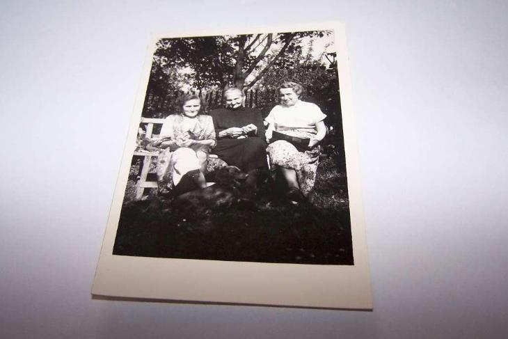 FOTO ŽENA r.1956 /Plachetková /160H/ - Ostatní
