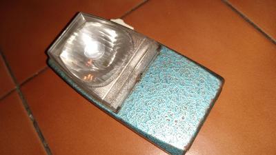 Stará svítilna, baterka -  MY DAY 1
