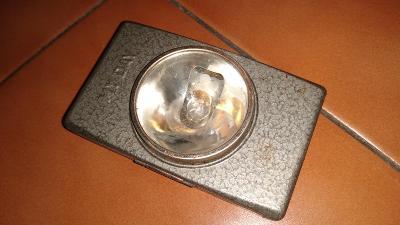Stará svítilna, baterka -  MY DAY 3