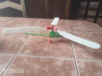 Retro hračka vrtulník / helikoptéra / Rare