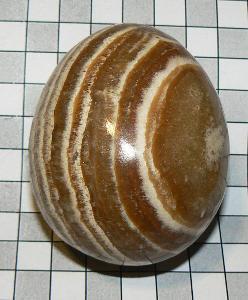 Aragonit, leštěné vejce A