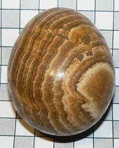Aragonit, leštěné vejce M