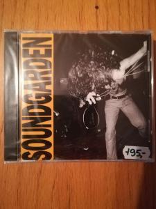 CD SOUNDGARDEN - LOUDER THAN LOVE