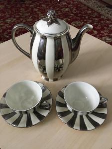 Historický kávový servis - použito ve filmu DIMENZE