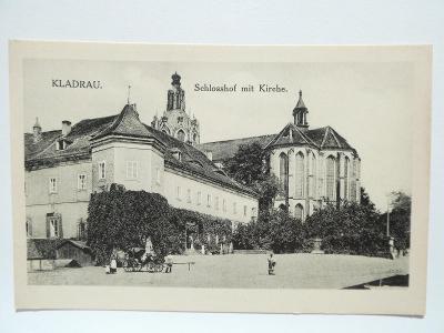 Kladruby, Stříbro, Tachov - KLADRAU - Schlosshof mit Kirche