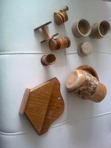Konvolut starých dřevěných věci
