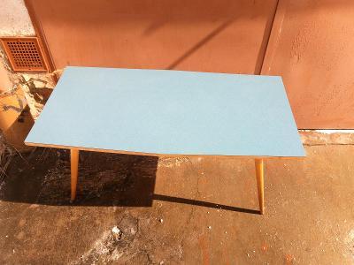 Retro stolek umakart modrá