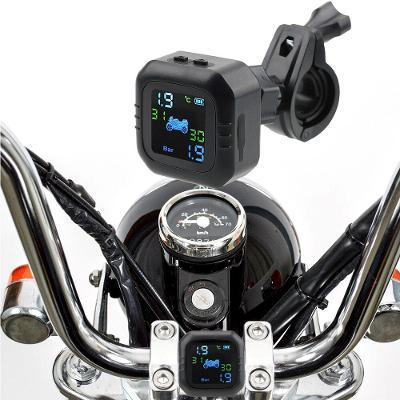 kontrola a monitor tlaku v pneumatice pro motocykly