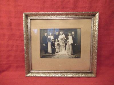 Starý obrazový rám s fotografií