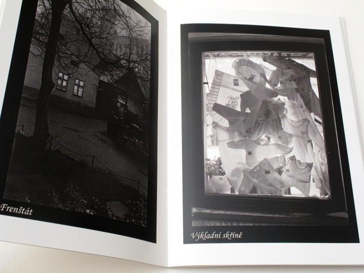 #2688A Publikace Petr Helbich Fotografie 2012  - Foto