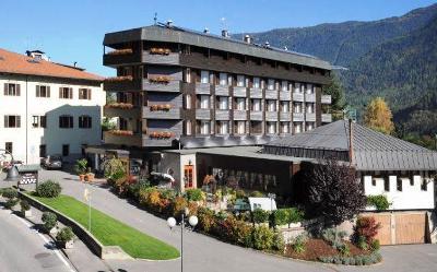 Itálie, hotel Henriette 3*, 3 dny se snídaní pro 2, wellness