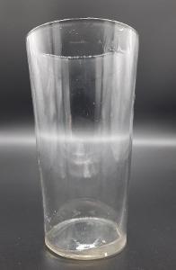 Velmi stará pivní sklenice bez potisku s cejchem 1/2l