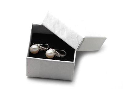 stříbrné náušnice  říční perla