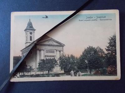 Náchod Josefov kasárna dělostřelecký pluk vojenský kostel letadlo