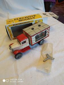 Plechové autíčko kovap - Hawkey 0596, stav nového, doprava zdarma !