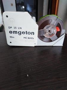 Plastová krabička na magnetofonový pásek EMGETON