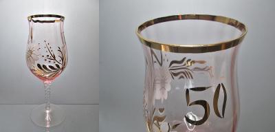 Stará jubilejní sklenice  lomené sklo, Nový Bor
