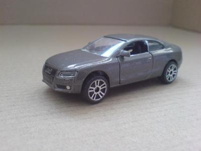 Majorette-Audi A5 Coupé