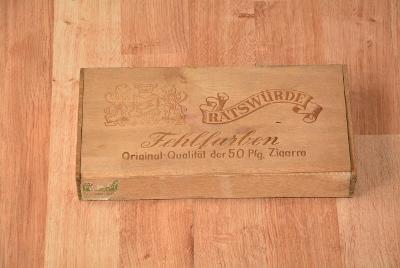 krabička od cigaret, dřevěná
