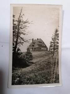 Pohled Masarykova chata na Šerlichu