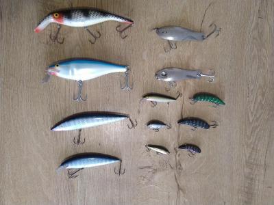 Woblery třpytky červi umělé nástrahy na ryby 12 ks