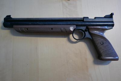 vzduchová pistole Crosman