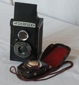 Historický fotoaparát FOKAFLEX s expozimetrem