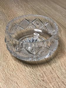 Masivní ručně broušené křišťálové sklo - miska