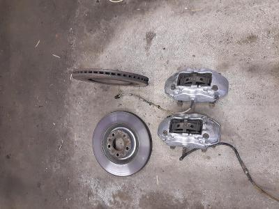 AUDI A8, S8 D2 1994 - 1998  -  brzdiče  BREMBO 345mm