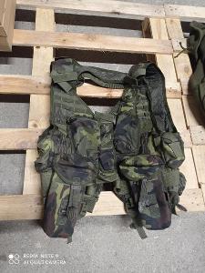 Taktická - slaňovací vesta MNS-2000 lesní ačr vz.95 TYP A - použitá