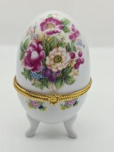 Porcelánová dóza na šperky