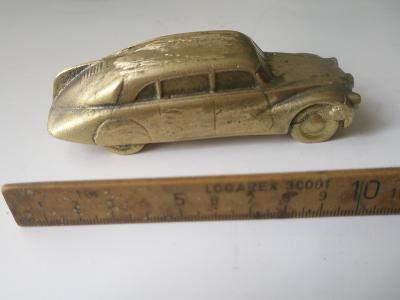 Model Tatra 87