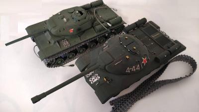 Dva tanky - staré stavebnice SSSR