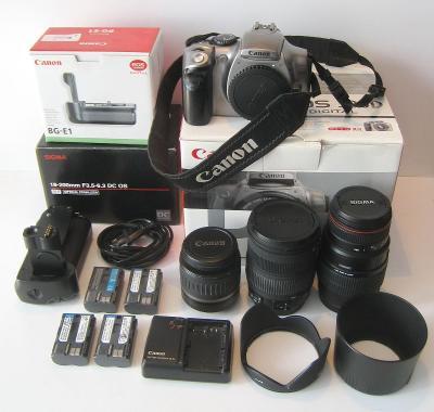 Digitální fotoaparát CANON EOS 300 D - včetně bohatého příslušenství.