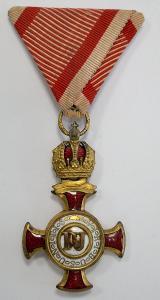 Rakousko-Uherský zlatý ZÁSLUŽNÝ KŘÍŽ s Rudolfovou korunou od 1 Kč(6399