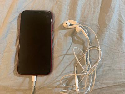 iPhone XR 128GB Red + Apple EarPods od 1KČ!