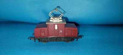 Lokomotiva E 6905 H0