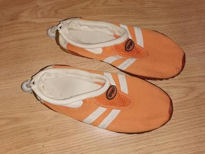 boty do vody  vel 37