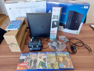 Playstation 4 PRO s pamětí !!!2TB!!! + bohate příslušenství