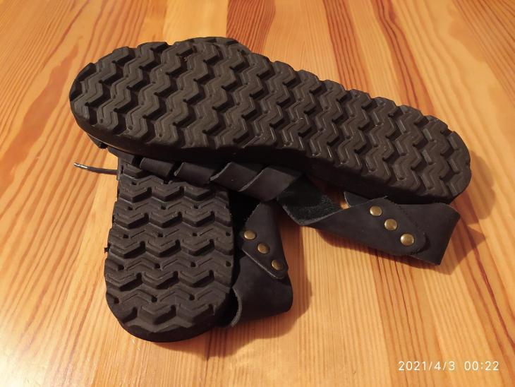 Sandály měkká kůže Brazilie - černé, koupeno v US, stélka cca 25,5cm  - Dámské boty