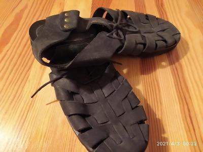 Sandály měkká kůže Brazilie - černé, koupeno v US, stélka cca 25,5cm