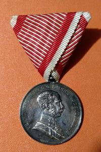 RU - Stříbrná medaile za statečnost I. třídy, Franz Josef I., punc AG