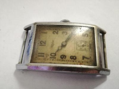Starožitné hodinky WYLER, plně funkční!