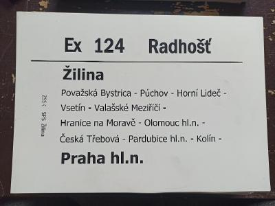 Směrová cedule ZSSK - Ex 124 RADHOŠŤ